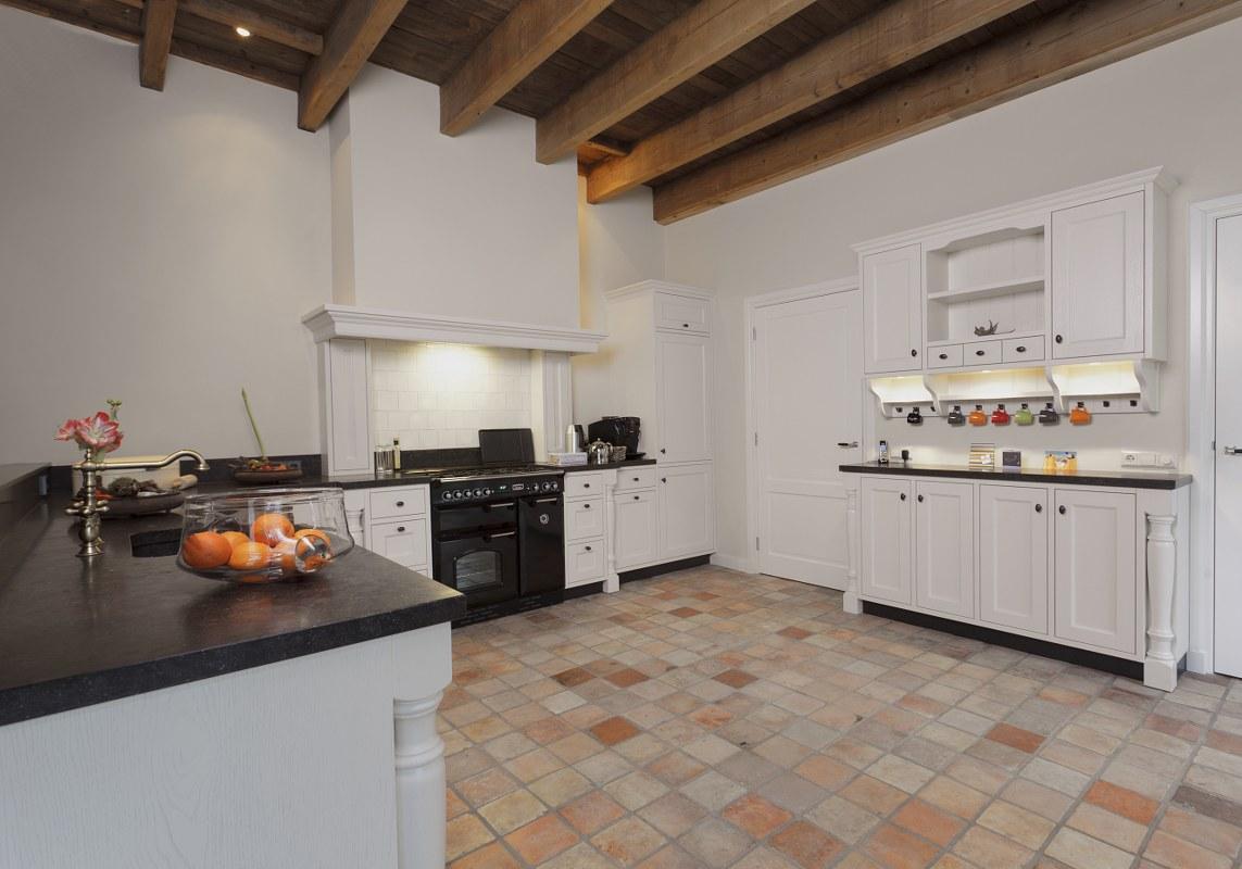 Schouw Keukens Almere : Rustiek en detail thijs keukens