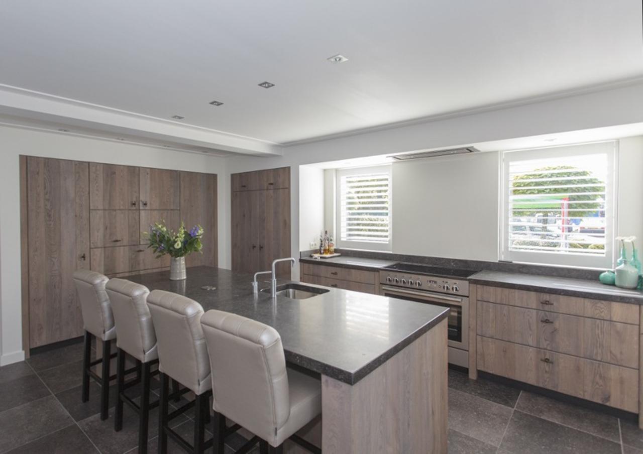Stoere Keuken Grey : Modern stoer eiken thijs keukens