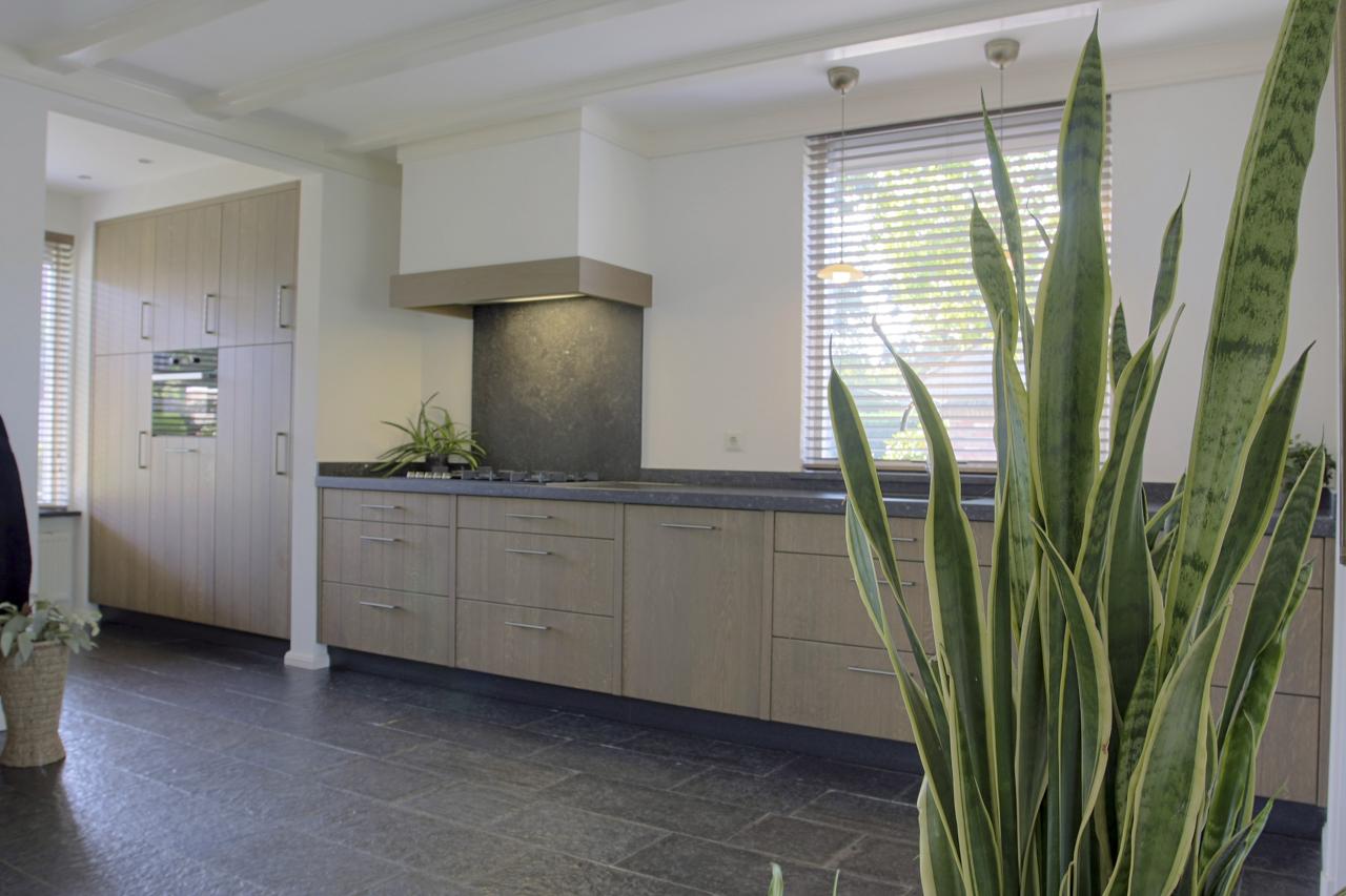 Strakke Design Keukens : Strak design thijs keukens